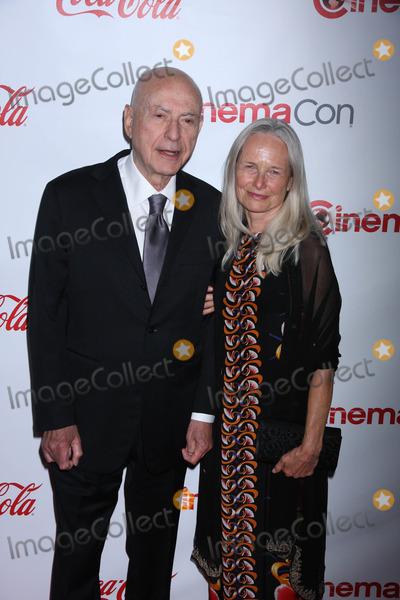 Alan Arkin Photo - Photo by Raoul GatchalianstarmaxinccomSTAR MAX2015ALL RIGHTS RESERVEDTelephoneFax (212) 995-119642315Alan Arkin at the CinemaCon 2015 Big Screen Awards(Las Vegas Nevada)