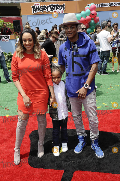 Angry Bird Photo - Photo by Michael GermanastarmaxinccomSTAR MAX2016ALL RIGHTS RESERVEDTelephoneFax (212) 995-11965716Tia Mowry and Cory Hardrict at the premiere of Angry Birds(Los Angeles CA)