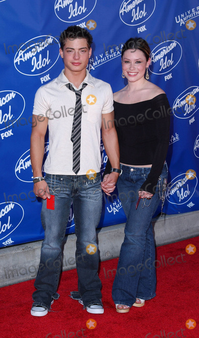 Andy Lawrence Photo - Photo by Lee RothSTAR MAX Inc - copyright 200352103Andy Lawrence and Ashley Schneider at the finale of American Idol 2(Hollywood CA)