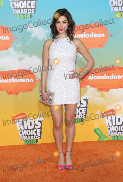 Kira Kosarin Photo - Photo by JMAstarmaxinccomSTAR MAXCopyright 2016ALL RIGHTS RESERVEDTelephoneFax (212) 995-119631216Kira Kosarin at the 2016 Nickelodeons Kids Choice Awards(The Forum Inglewood Los Angeles CA)