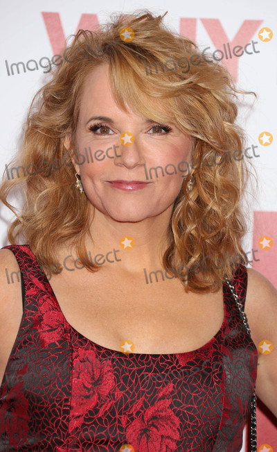 Lea Thompson Photo - Photo by REWestcomstarmaxinccomSTAR MAX2016ALL RIGHTS RESERVEDTelephoneFax (212) 995-1196121716Lea Thompson at the premiere of Why Him(Los Angeles CA)