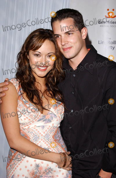 Nathan Lavezoli Photo - Photo by Lee Rothstarmaxinccom200442804Marisa Ramirez and husband Nathan Lavezoli at the Best Friends Animal Societys The Lint Roller Party  Glitz  Glamour  Pet Hair(Hollywood CA)