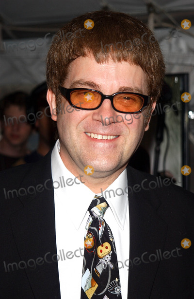 Max Collins Photo - Photo by Walter WeissmanSTAR MAX Inc - copyright 20027902Max Allan Collins attends the premiere of Road to Perdition(Ziegfeld Theatre NYC)