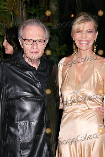 Larry King Photo - Photo by REWestcomstarmaxinccom200521205Larry King and his wife Shawn Southwick at a Pre-Grammy Party(Beverly Hills CA)