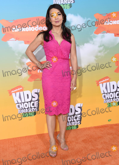 Ming-Na Wen Photo - Photo by KGC-11starmaxinccomSTAR MAXCopyright 2016ALL RIGHTS RESERVEDTelephoneFax (212) 995-119631216Ming-Na Wen at the 2016 Nickelodeons Kids Choice Awards(The Forum Inglewood Los Angeles CA)