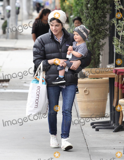 Selma Blair Photo - Photo by MCRFstarmaxinccom2013ALL RIGHTS RESERVEDTelephoneFax (212) 995-119612413Selma Blair and Arthur Saint Bleick out and about(Santa Monica CA)