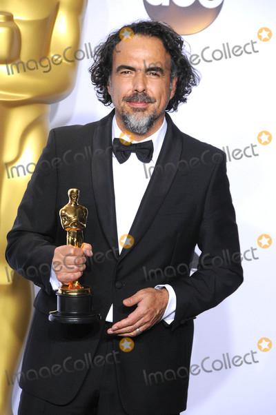 Alejandro Gonzalez Inarritu Photo - Photo by GLXstarmaxinccomSTAR MAXCopyright 2016ALL RIGHTS RESERVEDTelephoneFax (212) 995-119622816Alejandro Gonzalez Inarritu at the 88th Annual Academy Awards (Oscars)(Hollywood CA USA)