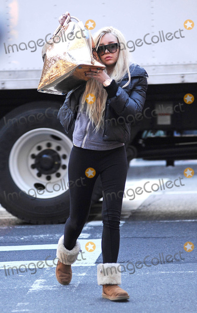 Amanda Bynes Photo - Photo by Tanya Keseystarmaxinccom2013ALL RIGHTS RESERVEDTelephoneFax (212) 995-11964813Amanda Bynes out and about(NYC)