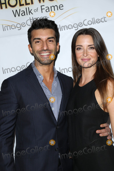 Emily Foxler Photo - Photo by gotpapstarmaxinccomSTAR MAX2016ALL RIGHTS RESERVEDTelephoneFax (212) 995-1196102516Justin Baldoni and Emily Foxler at The Hollywood Walk Of Fame Honors outside the Taglyan Complex in Hollywood CA