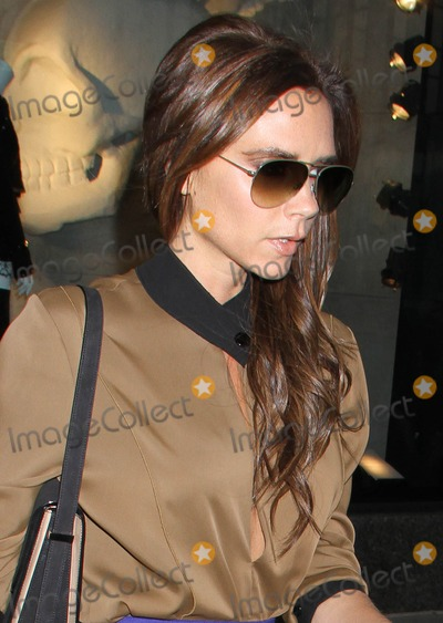 Victoria Beckham Photo - May 9 2013  Victoria Beckham spotted out in New York City KGC-146starmaxinccom