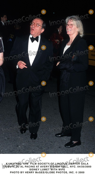 Al Pacino Photo -  the Film Society of Lincoln Center Gala Tribute to AL Pacino at Avery Fisher Hall NYC 04252000 Sidney Lumet with Wife Photo by Henry McgeeGlobe Photos Inc