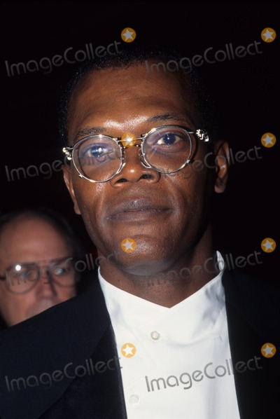 Samuel Jackson Photo - Samuel Jackson Pulp Fiction Screening at New York Film Festival 1994 L9435hmc Photo by Henry Mcgee-Globe Photos Inc