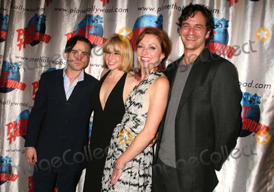 Ari Graynor Photo - Johnny Galecki Ari Graynor Julie White and Tom Everett Scott Arriving at the Opening Night Party For the Little Dog Laughed at Planet Hollywood Times Square in New York City on 11-13-2006 Photo by Henry McgeeGlobe Photos Inc 2006