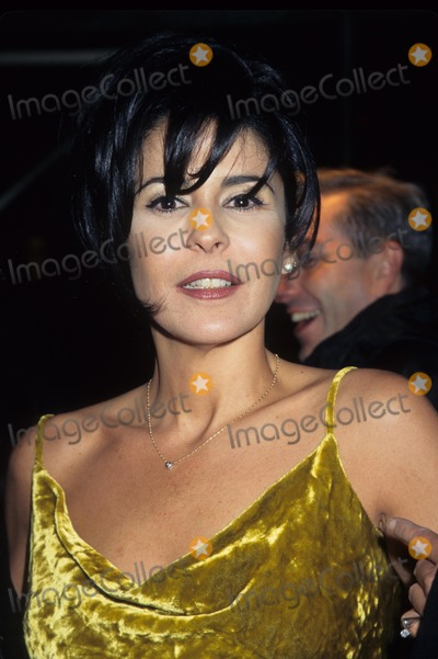 Maria Conchita Alonso Photo - Maria Conchita Alonso Cfda Awards at Lincoln Center New York 1997 K7634hmc Photo by Henry Mcgee-Globe Photos Inc
