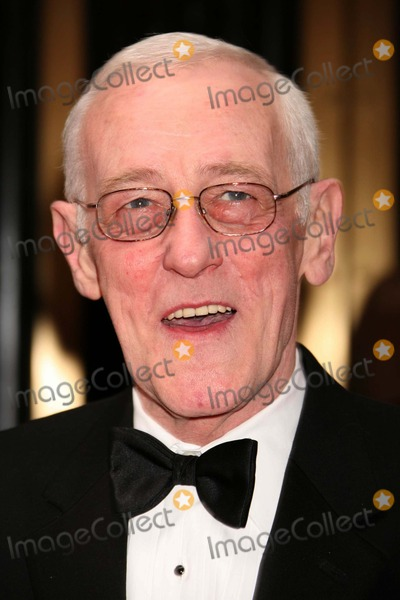John Mahoney Photo - New York NY 06-10-2007John Mahoney2007 Tony Awards at Radio City Music HallDigital Photo by Lane Ericcson-PHOTOlinknet