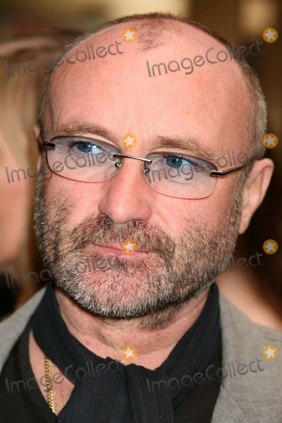 Phil Collins Photo - Phil Collins Arriving at the Opening Night of the History Boys at the Broadhurst Theatre in New York City on 04-23-2006 Photo by Henry McgeeGlobe Photos Inc 2006