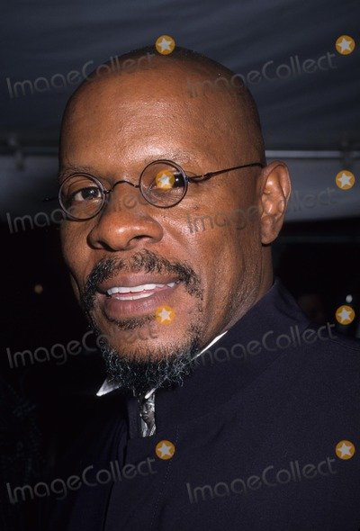 Avery Brooks Photo - Avery Brooks 1999 Essence Awards at the Msg Theatre in New York K15539hmc Photo by Henry Mcgee-Globe Photos Inc