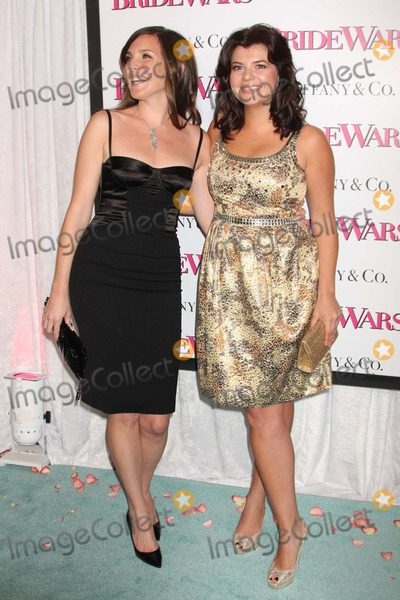 June Raphael Photo - New York NY 01-05-2009June Raphael and Casey Wilson premiere of BRIDE WARS at AMC Loews Lincoln SquareDigital photo by Lane Ericcson-PHOTOlinknet