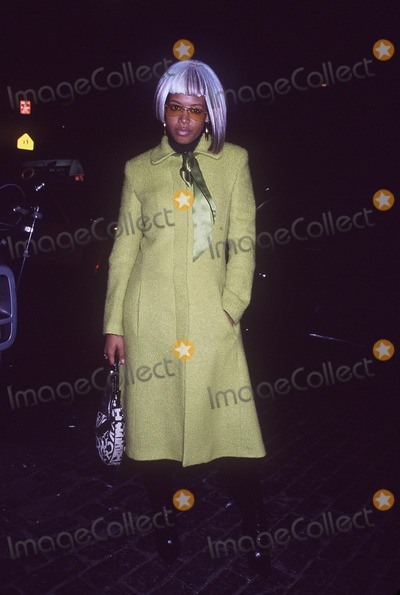 Kelis Photo - 2001 Vh1 Vogue Fashion Awards After Party at Lotus NYC 101901 Photo by Henry McgeeGlobe Photos Inc 2001 Kelis