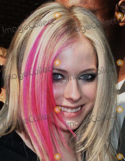 AVRIL LEVIGNE Photo - NYC  090707Avril Lavigne after an appearance on Live with Regis  KellyDigital Photo by Adam Nemser-PHOTOlinknet