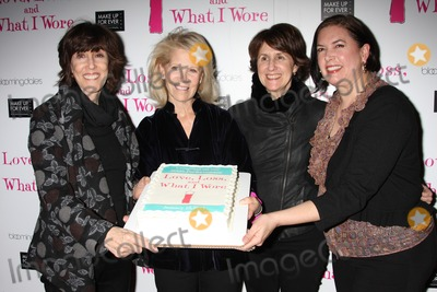 Karen Carpenter Photo - New York City  13th January 2011Nora Ephron (playwright) Daryl Roth (producer) Delia Ephron (playwright) and Karen Carpenter (director) at the party to celebrate the new cast of the Off-Broadway play Love Loss and What I Wore at B Smiths RestaurantPhoto by Adam Nemser-PHOTOlinknet