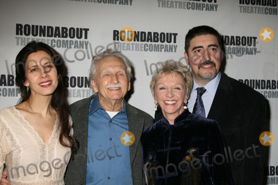 Alvin Epstein Photo - NYC  030107Cast members Jessica Hecht Alvin Epstein Elizabeth Franz and Alfred Molina at opening night of the Roundabout Theatre Companys Broadway production of HOWARD KATZ at the Laura Pels TheatreDigital Photo by Adam Nemser-PHOTOlinknet