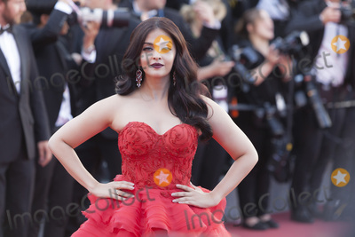 Aishwarya Ray Photo - CANNES FRANCE - MAY 20 Aishwarya Rai attends the120 Beats Per Minute (120 Battements Par Minute) screening during the 70th annual Cannes Film Festival at Palais des Festivals on May 20 2017 in Cannes France(Photo by Laurent KoffelImageCollectcom)