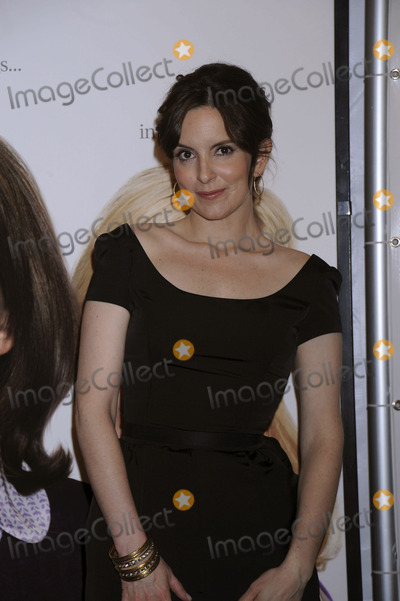 TINY FEY Photo - Actress Tina Fey attends the 7th Annual Tribeca Film Festivals Baby Mama Premiere at the Ziegfeld Theatre