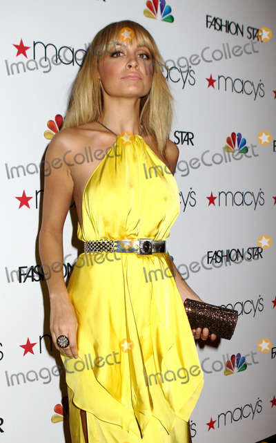 Elle Macpherson Photo - Nicole Richie at Macys Celebrates Fashion Star With Elle Macpherson Nicole Richie And John Varvatos at Macys Herald Square on March 13 2012 in New York City