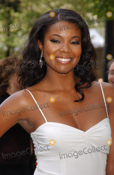 Gabrielle Union Photo - NEW YORK MAY 17 2005    Gabrielle Union at the ABC Upfront Announcements Red Carpet Arrivals held at Avery Fisher Hall in Lincoln Center Plaza