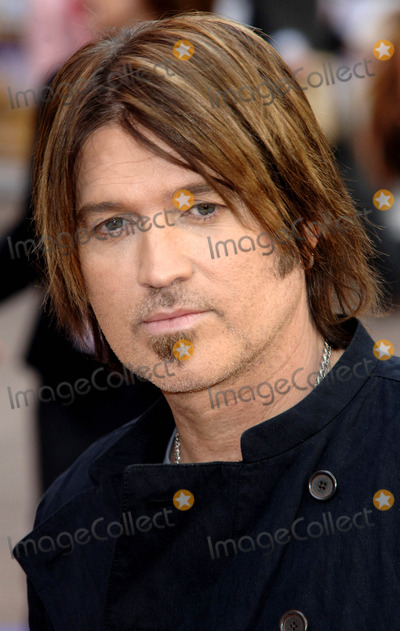 Hannah Montana Photo - Singer Billy Ray Cyrus at the UK film premiere of Hannah Montana The Movie at the Odeon West End on April 23 2009  in London