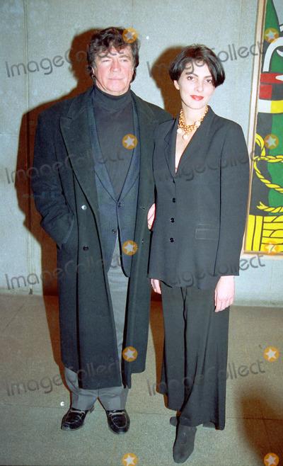 Gina Bellman Photo - NEW YORK CIRCA 1995 ALAN BATES GINA BELLMAN