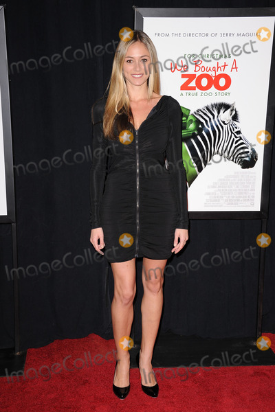 Elizabeth Masucci Photo - Elizabeth Masucci attends the NY Premiere of  We Bought a Zoo at the Ziegfeld on December 12 2011 in New York City