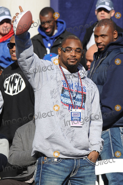 Ahmad Bradshaw Photo - Ahmad Bradshaw attends the Giants Victory Parade for Super Bowl XLVI on February 7 2012 in New York City