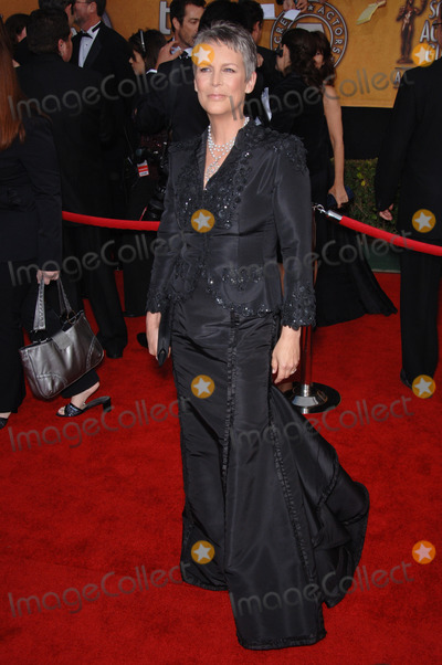 Jamie Lee Curtis Photo - JAMIE LEE CURTIS at the 12th Annual Screen Actors Guild Awards at the Shrine Auditorium Los AngelesJanuary 29 2006  Los Angeles CA 2006 Paul Smith  Featureflash