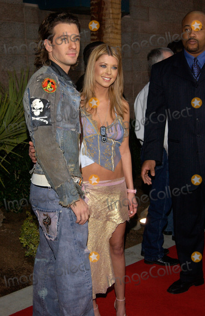 JC Chasez Photo - Actress TARA REID  boyfriend JC CHASEZ of NSync at the 2002 Billboard Music Awards at the MGM Grand Las Vegas09DEC2002