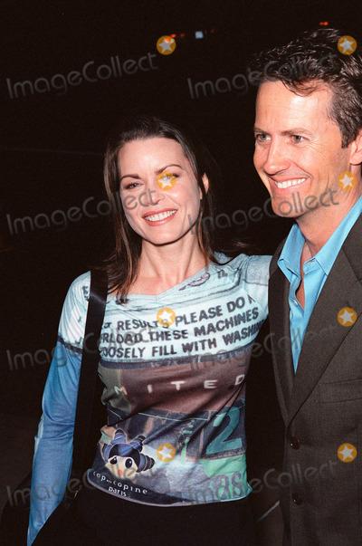 Mitzi Kapture Photo - 03NOV99 Actress MITZI KAPTURE  husband at Los Angeles premiere of The Bachelor Paul Smith  Featureflash