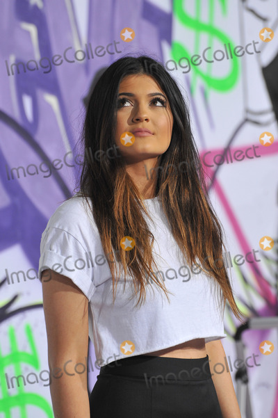 Kylie Jenner Photo - Kylie Jenner at the world premiere of Justin Biebers Believe at the Regal Cinemas LA LiveDecember 18 2013  Los Angeles CAPicture Paul Smith  Featureflash