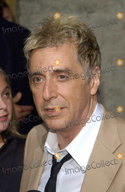 Al Pacino Photo - Actor AL PACINO  daughter JULIE at the Los Angeles premiere of his new movie Simone13AUG2002   Paul Smith  Featureflash