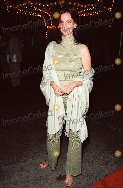 Leslie Ann Warren Photo - 24SEP99 Actress LESLIE ANN WARREN at the opening of Cirque du Soleils new show Dralion in Santa Monica CA Paul Smith  Featureflash