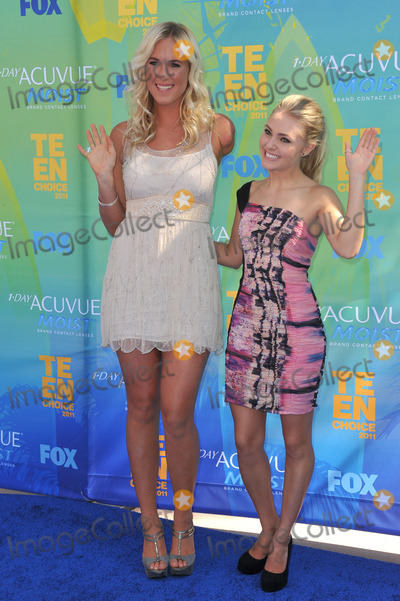 Bethany Hamilton Photo - Bethany Hamilton (left)  Annasophia Robb at the 2011 Teen Choice Awards at the Gibson Amphitheatre Universal Studios HollywoodAugust 7 2011  Los Angeles CAPicture Paul Smith  Featureflash