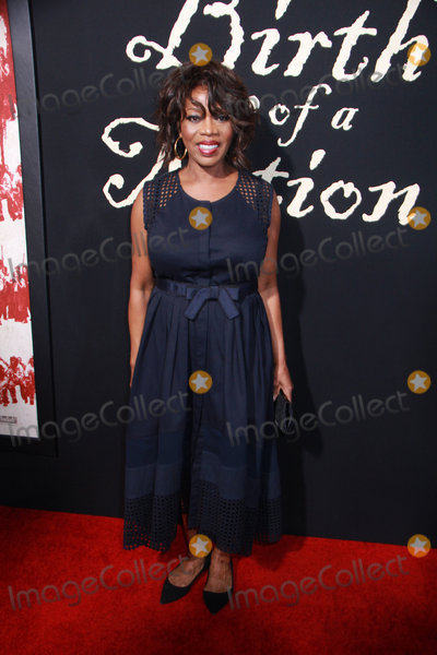 Alfre Woodard Photo - Alfre Woodard 09212016 The Los Angeles Premiere of gThe Birth of a Nationh held at the ArcLight Cinerama Dome in Los Angeles CA Photo by Izumi Hasegawa  HollywoodNewsWireco