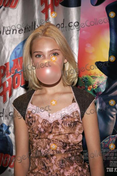 AnnaSophia Robb bubble