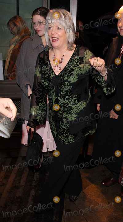 Alison Steadman Photo - London UK Alison Steadman at the Whatsonstagecom Theatregoers Choice Awards at Prince Of Wales Theatre in London 14th February 2010Keith MayhewLandmark Media