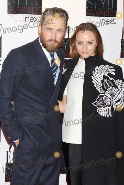 Alasdhair Willis Photo - London UK   110213 Alasdhair Willis and Stella McCartney at the Elle Style Awards Arrivals held at the Savoy Hotel London11 February 2013 Rf J AdamsLandmark Media