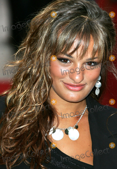 Nicola Benedetti Photo - London Nicola Benedetti at the World Premiere of Pride and Prejudice at the Odeon Leicester Square 05 September 2005Keith MayhewLandmark Media