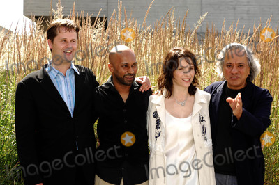 Anish Kapoor Photo - London UK (From L-R) Composer Philip Sheppard Dancer and choreographer Akram Khan actress Juliette Binoche  and Artist Anish Kapoor (who is designing the set) attending the launch of the new dance theatre and film collaboration Jubi lation at Olivier Stalls Foyer level 2 National Theatre on the South Bank 4th July 2008Ali KadinskyLandmark Media