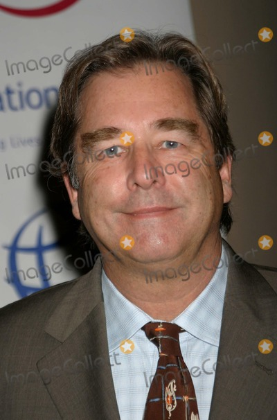 Beau Bridges Photo - Operation Smiles 3rd Annual Los Angeles Gala Honoring Nick Lachey and Jessica Simpson at the Beverly Hilton Hotel in Beverly Hills California 092204 Photo by Ed GellerGlobe Photos Beau Bridges