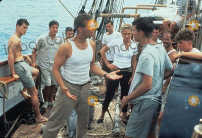 Michael Cole Photo - Scott Wolf Eric Michael Cole Jason Marsden Jeff Bridges D Lascher C Goodall J Sisto P Thomas Julio Mechoso White Squall 1996 A11664adh Supplied by Globe Photos Inc