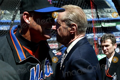 Art Howe Photo - (Manager) Art Howe_(owner) Fred Wilpon K29837lcv Opening Day at Shea Stadium Chicago Cubs Vs New York Mets in Queens New York City 3312003 Photo ByGlobe Photos Inc